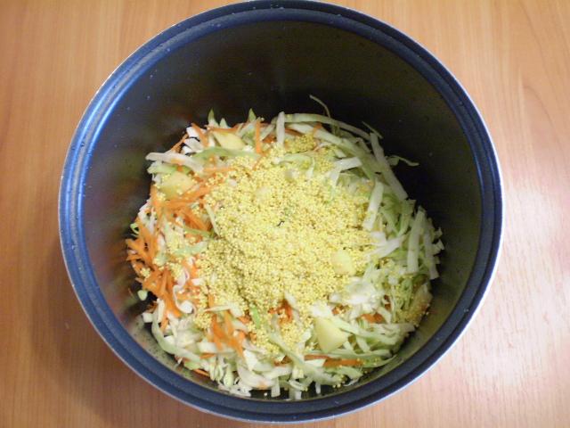 Капустный суп в мультиварке - фото шаг 5