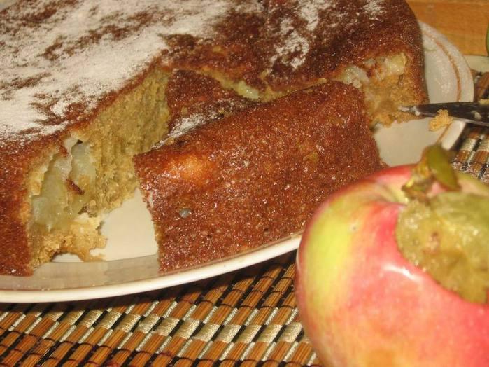 Манник с яблоками в мультиварке - фото шаг 5