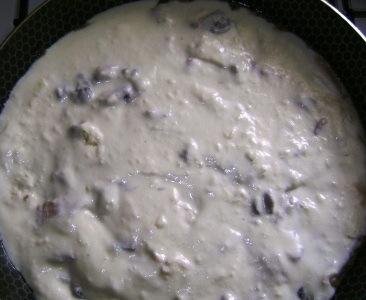 Жульен с грибами на сковороде - фото шаг 7