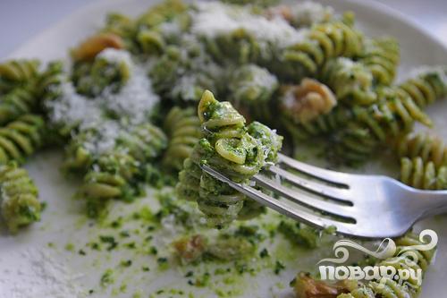 Паста с соусом Песто из капусты кале и грецких орехов - фото шаг 7