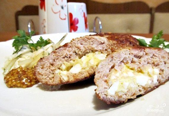 Зразы с сыром и яйцом