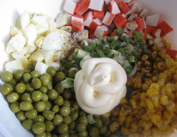 Крабовый салат рецепт классический - фото шаг 4