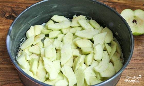 Пышный яблочный пирог - фото шаг 4