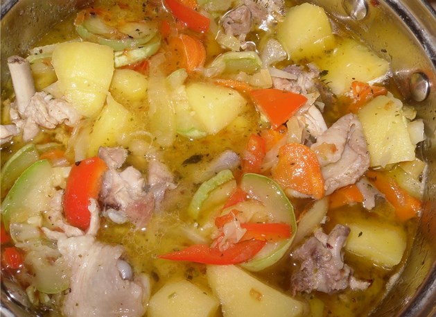 Курица с кабачками и картошкой - фото шаг 6
