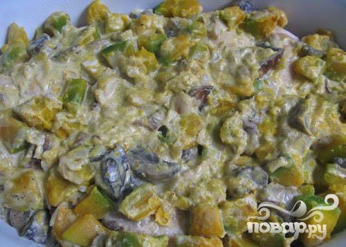 Курица, запеченная с грибами и тыквой - фото шаг 5