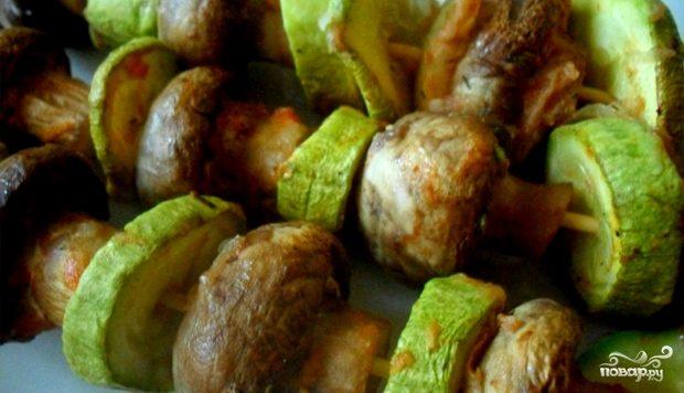Рецепт Шашлык из шампиньонов в духовке