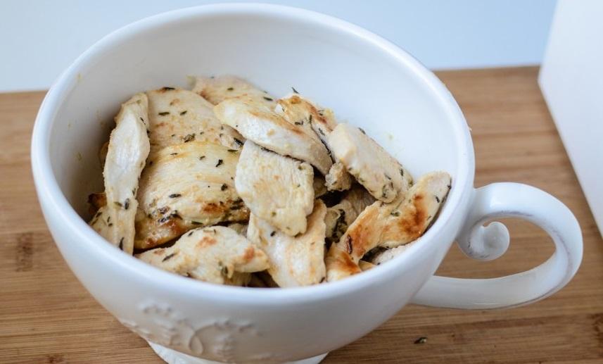 Подлива из грибов и курицы - фото шаг 4