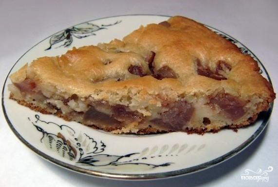 Шарлотка из сушеных яблок