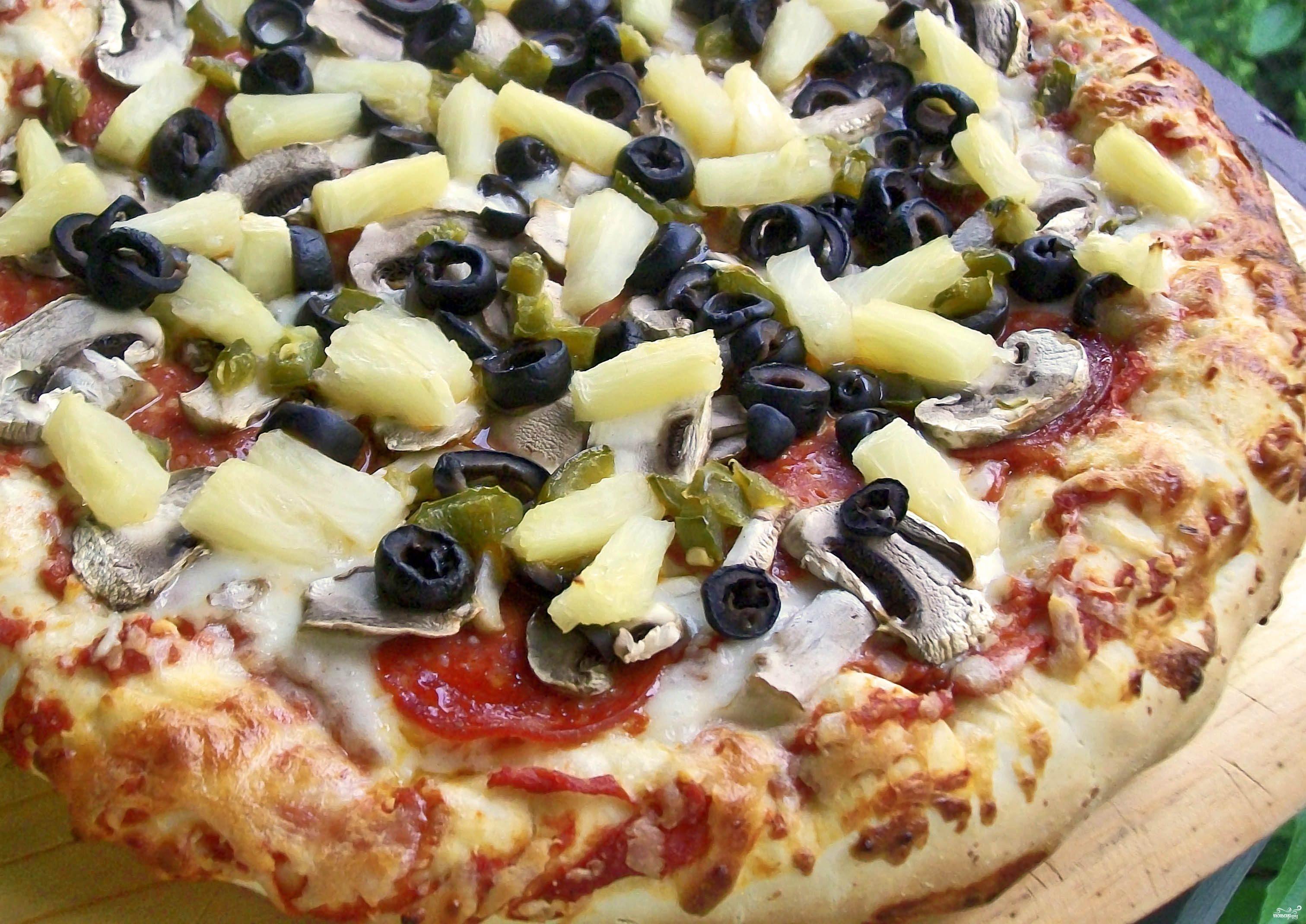 Рецепт пиццы с курицей и грибами и ананасами