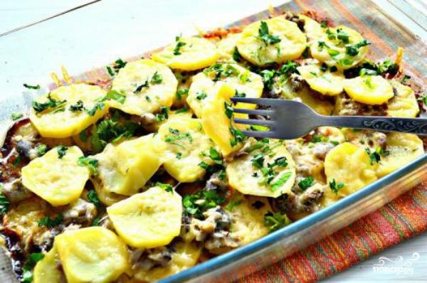 Запеканка с картошкой и фаршем в духовке рецепт пошаговый кружочками