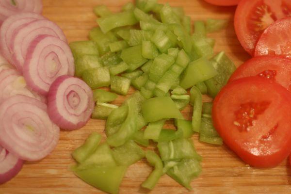 Телятина в горшочках с картошкой - фото шаг 2