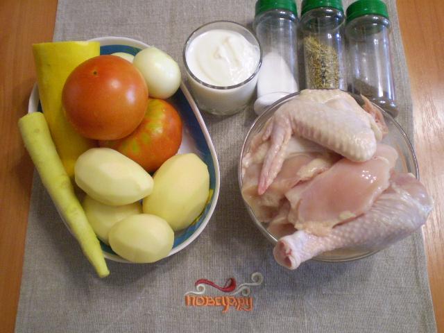 Рецепт Курица, тушеная с овощами в сметане