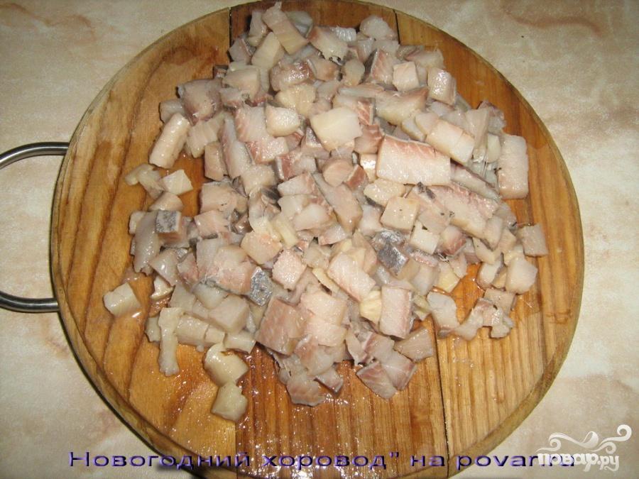 Салат с селедкой и яблоками - фото шаг 1