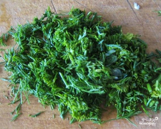 Салат из свежей капусты и крабовых палочек - фото шаг 3