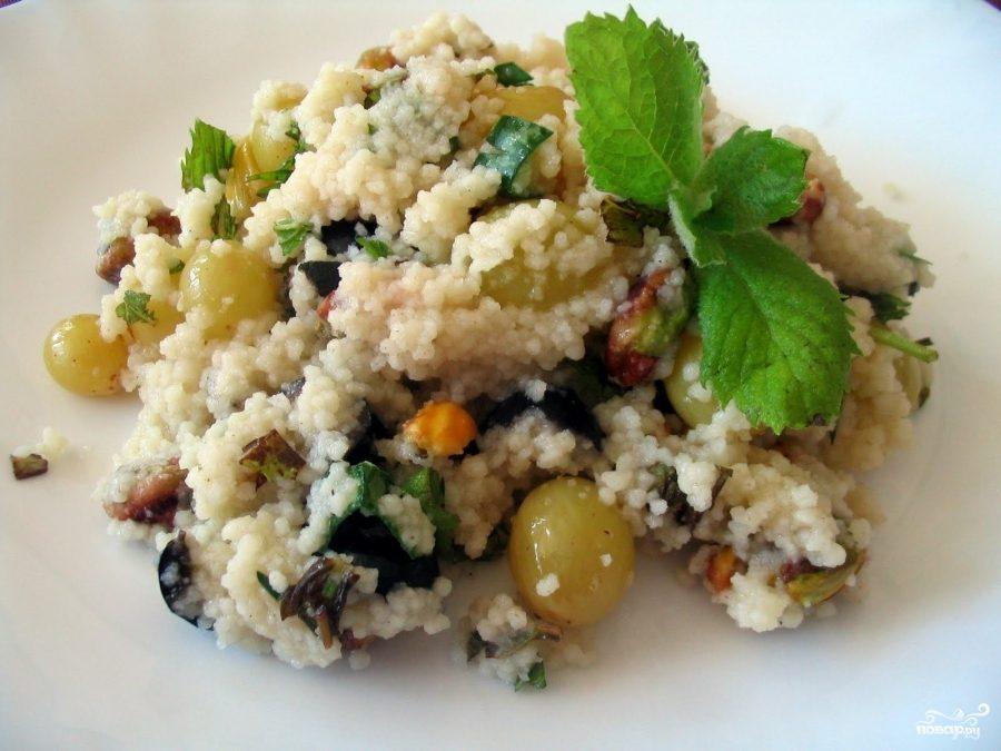 Рецепт Клюквенный салат с сыром Фета и пшенной крупой