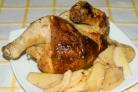 Курица, фаршированная айвой