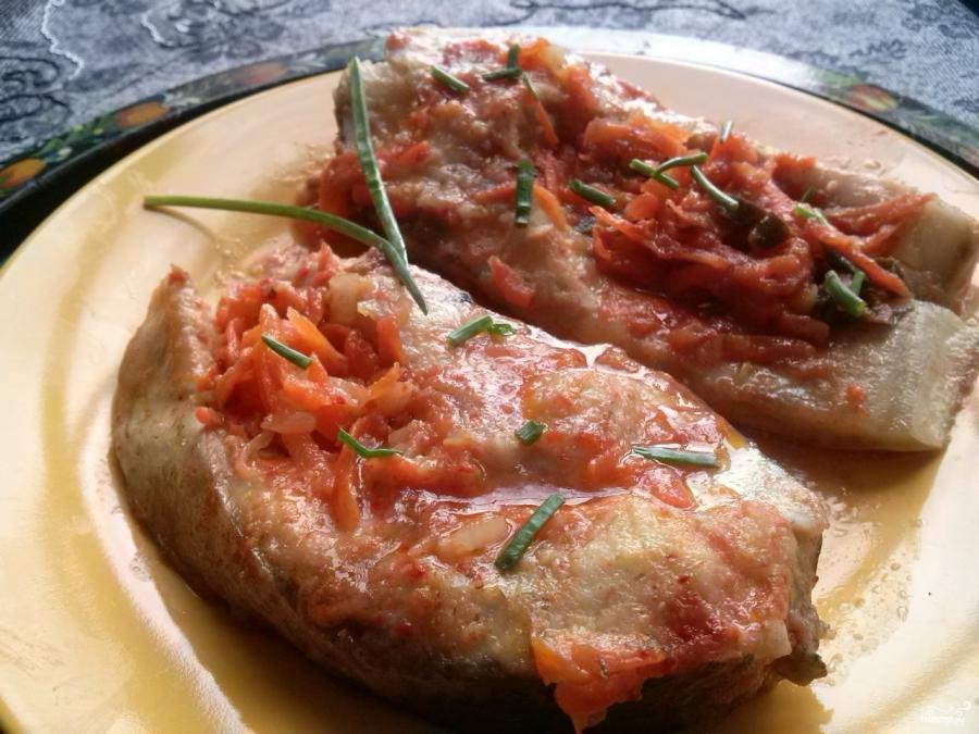 Рыба, тушенная с овощами - фото шаг 5