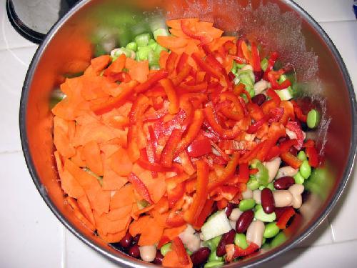 Тройной бобовый салат - фото шаг 8