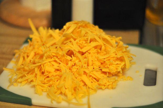 Пивной суп с сыром - фото шаг 5