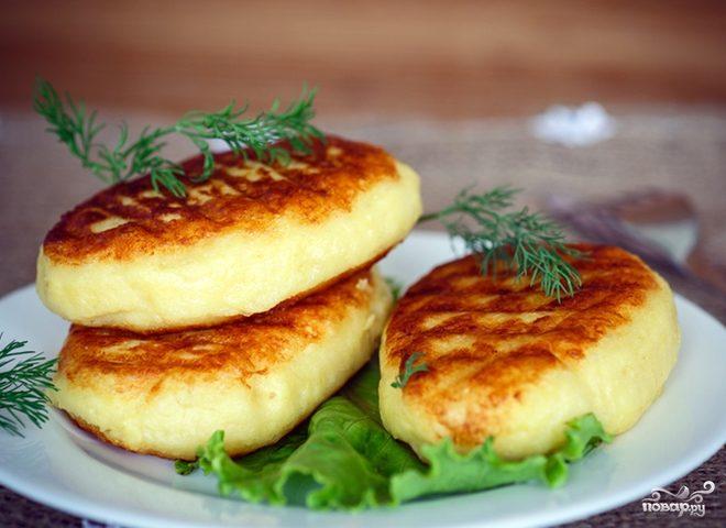 Картофельные котлеты с брынзой
