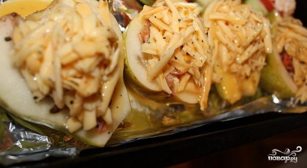 Груша, запеченная с креветками и сыром - фото шаг 9