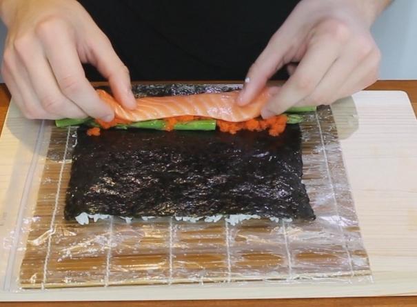 Запеченные суши - фото шаг 3