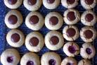 Печенье с шоколадом и лесными орехами