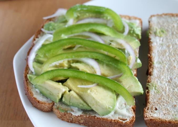 Бутерброд с авокадо - фото шаг 2