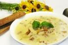 Суп с лисичками и сыром