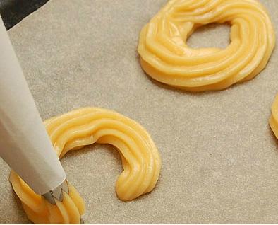Заварное тесто с творожным кремом - фото шаг 6