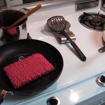 Сырный Тортеллини с мясным соусом - фото шаг 7