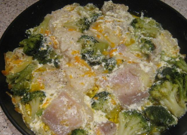 Пангасиус, тушеный с овощами - фото шаг 4