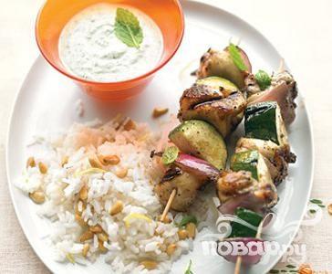Рецепт Куриный шашлык по-гречески с соусом