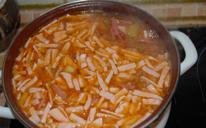 суп солянка с свежей капустой рецепт с фото