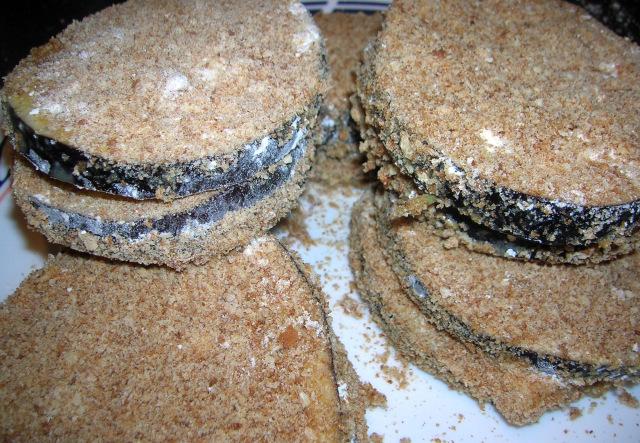 Баклажаны с сыром и чесноком - фото шаг 5