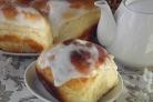 Творожные булочки в сметанной заливке
