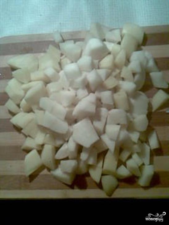 Картофель тушеный с ребрышками - фото шаг 3