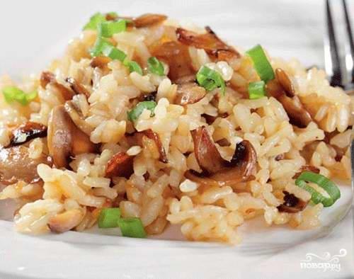 Рис с вешенками - фото шаг 7