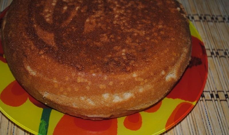 Бисквитный торт в мультиварке - фото шаг 4