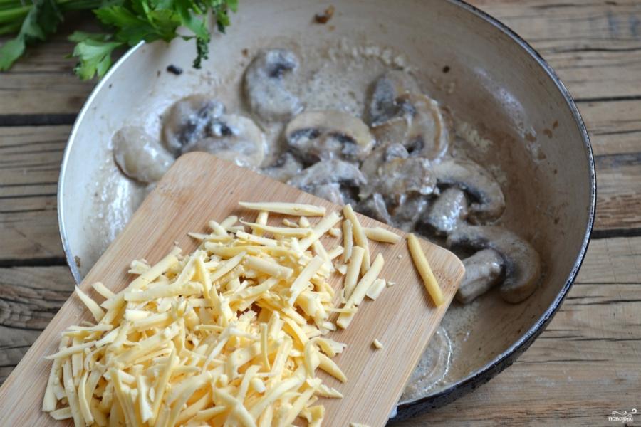 Грибы под сырным соусом - фото шаг 5