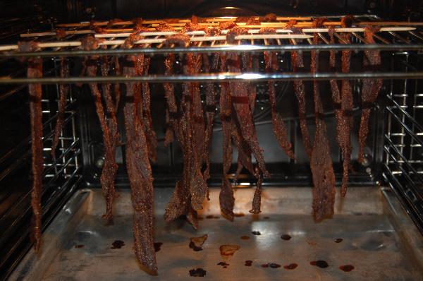 Вяленое мясо в духовке - фото шаг 5