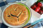 Пирог с сердцем внутри