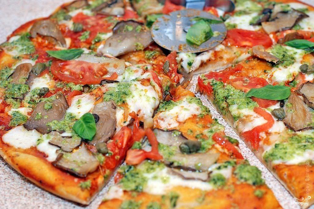 Пицца с вешенками