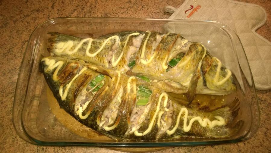 Рыба в духовке со сметаной с пошагово