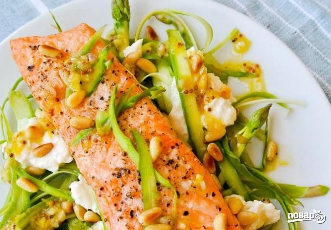 Праздничный салат с семгой - фото шаг 4