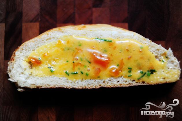 Горячие бутерброды с курицей и абрикосовым соусом - фото шаг 9