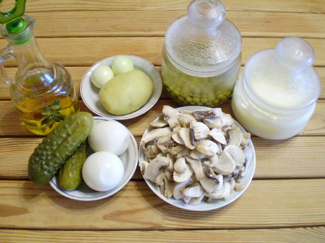 Рецепт Салат с грибами и огурцами