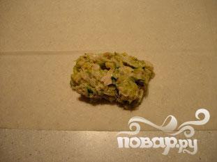 Хрустящие рулоны с курицей и луком-порей - фото шаг 6