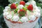 Клубничный торт с заварным кремом
