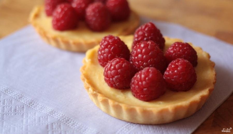 Тарталетки с заварным кремом и ягодами  - фото шаг 4